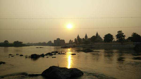 sunset-in-orchha